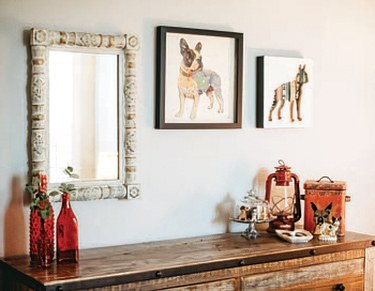 dog pictures on wall
